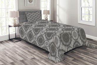 Abstract Damask Flowers Bedspread Set