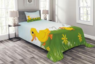 Mother Duck and Babies Bedspread Set