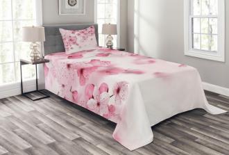 Eastern Sakura Flowers Bedspread Set