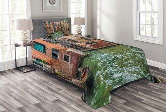 Famous Streets on Water Bedspread Set