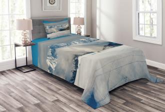 Panoramic Mountains Walk Bedspread Set