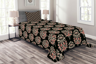 Traditional Abstract Bedspread Set