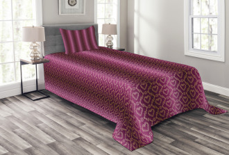 Zigzag and Hearts Bedspread Set