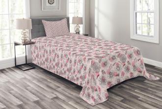 Sketchy Flowers on Soft Pink Bedspread Set
