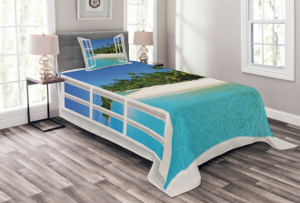 Paradise Island Palm Tree Bedspread Set