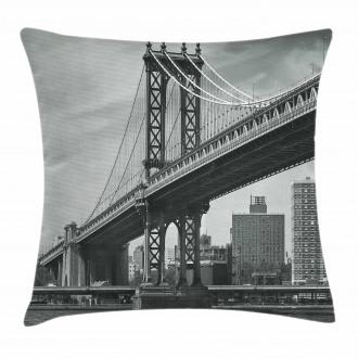 Bridge in New York City Pillow Cover