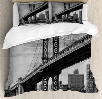Bridge in New York City Duvet Cover Set