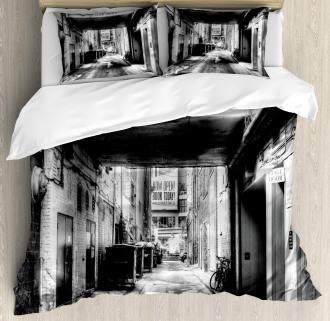 Old Fashion Urban District Duvet Cover Set