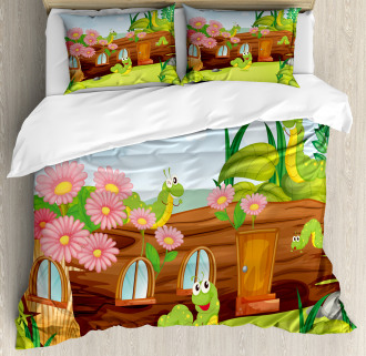 Worms in Wooden Tree Duvet Cover Set