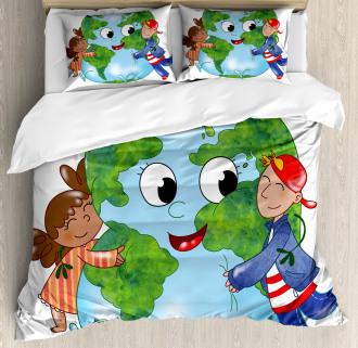 Cute Kids Hugging Planet Duvet Cover Set