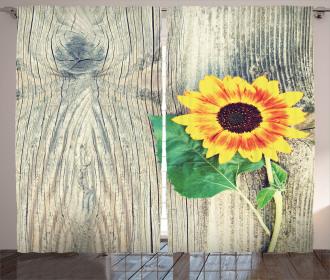 Wood Board Bouquet Curtain