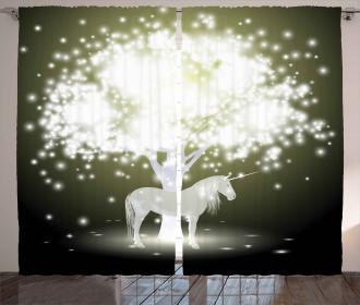 Unicorn Horse with Tree Curtain