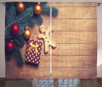 Cookie Present Curtain