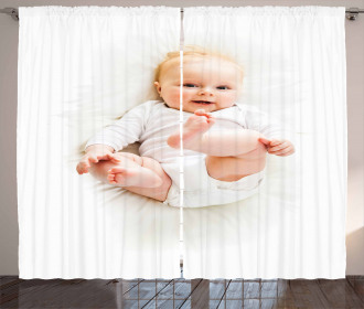 Beautiful Baby Feet up Curtain