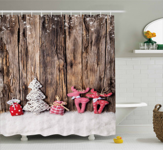 Cute Traditional Xmas Shower Curtain