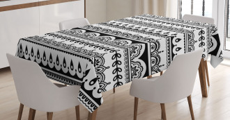Ethnic Borders with Leaf Tablecloth