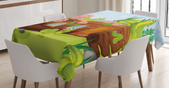 Worms in Wooden Tree Tablecloth