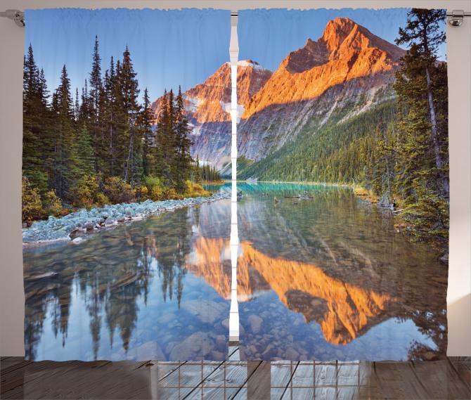 Karlı Dağlar ve Nehir Fon Perde Ağaç Gökyüzü Doğa