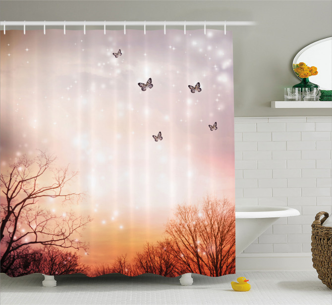 Gökyüzü ve Kelebek Desenli Duş Perdesi Romantik