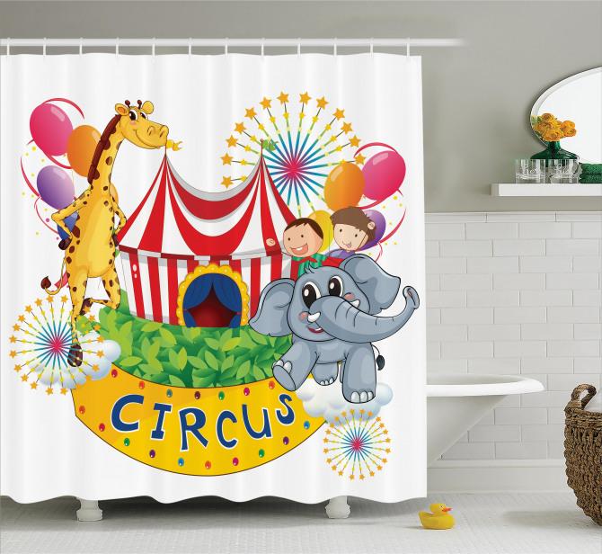 Sirkte Zürafa ve Fil Desenli Duş Perdesi Rengarenk