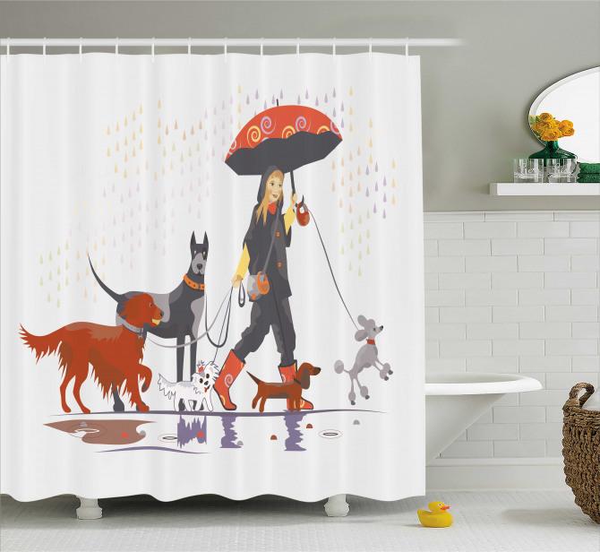 Köpeklerle Gezinti Temalı Duş Perdesi Yağmurlu gün