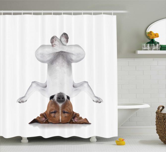 Yoga Yapan Köpek Temalı Duş Perdesi Meditasyon Beyaz