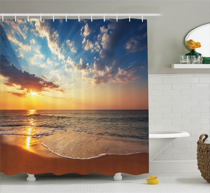 Kumsalda Gezinti Temalı Duş Perdesi Deniz Gün Batımı