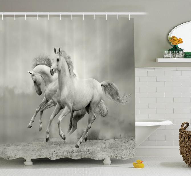 Nostaljik Görünümlü Duş Perdesi Özgür Atlar Temalı