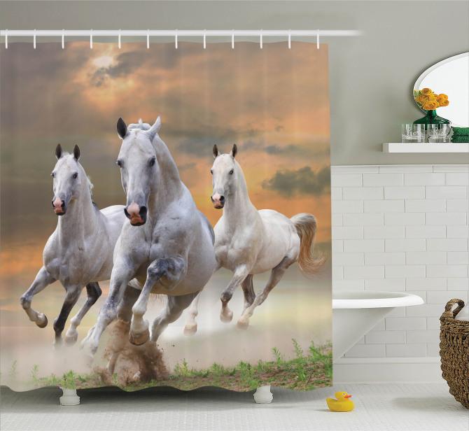 Yaban Hayatı Temalı Duş Perdesi Özgür Beyaz Atlar