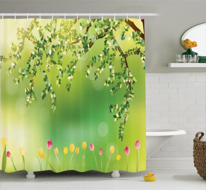 Yeşil Duş Perdesi Renkli Laleler Ağaç Doğa Bahar