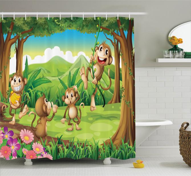 Çocuklar için Duş Perdesi Ormanda Oynayan Maymunlar