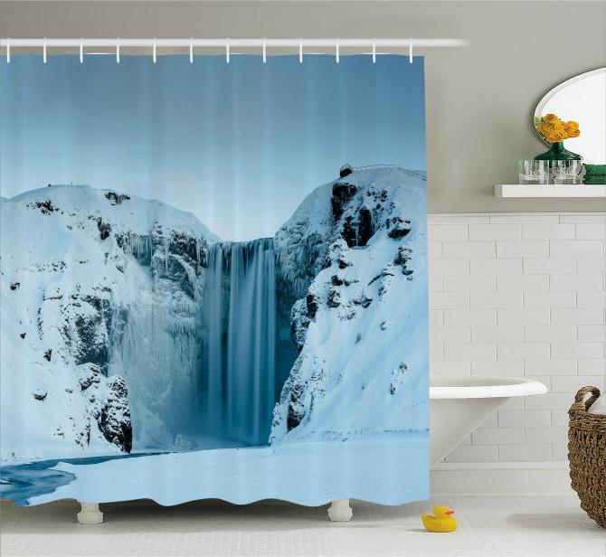 Karlı Dağ ve Şelale Manzaralı Duş Perdesi Şık Beyaz