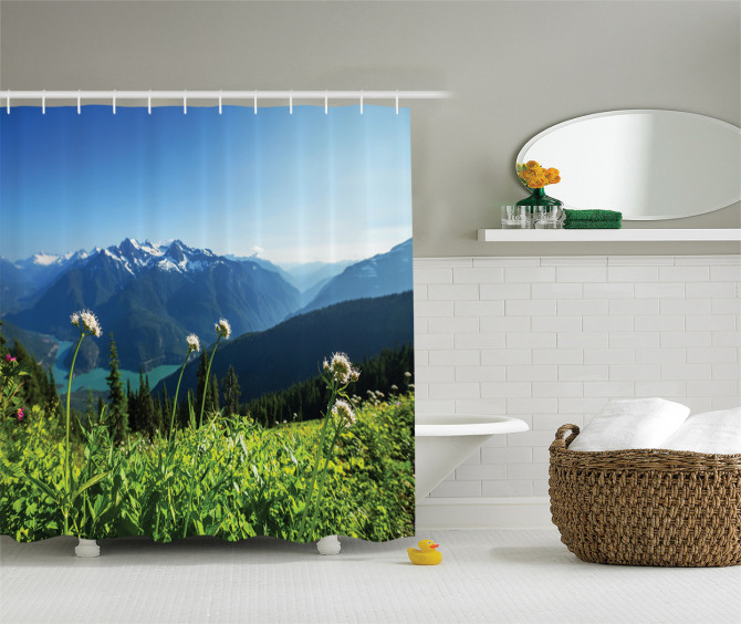 Göl Manzaralı Duş Perdesi Karlı Dağ ve Orman Temalı