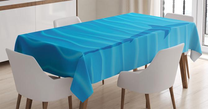 Köpek Balığı ve Dalgalar Desenli Masa Örtüsü Mavi