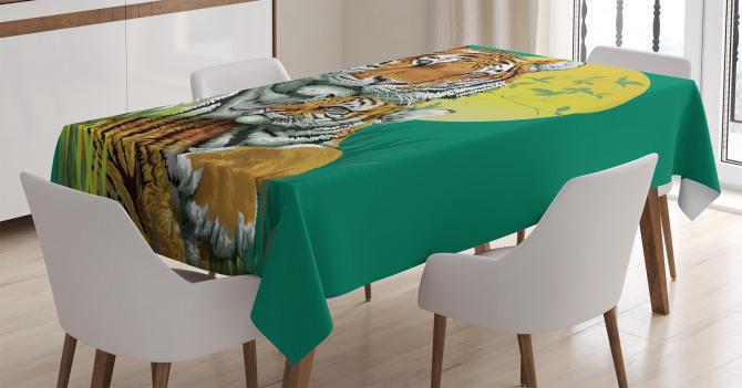 Kaplan ve Yavrusu Temalı Masa Örtüsü Yeşil Sarı