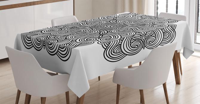 Siyah Beyaz Geometrik Şal Desenli Masa Örtüsü Modern