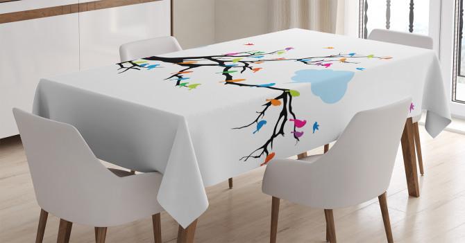Daldaki Kuşlar Temalı Masa Örtüsü Rengarenk Şık