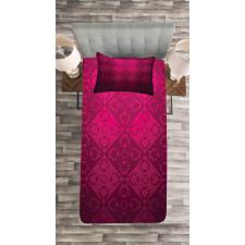 Rectangular Forms Bedspread Set