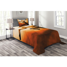 Nailed Figure Smoky Bedspread Set