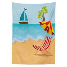 Ada Masa Örtüsü Denizdeki Tekne ve Plajdaki Şezlong ile Şemsiye