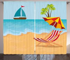 Ada Perde Denizdeki Tekne ve Plajdaki Şezlong ile Şemsiye