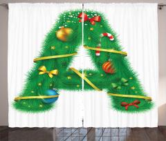 A Harfi Perde Yılbaşı Süsleriyle Dolu Alfabetik Çam Ağacı