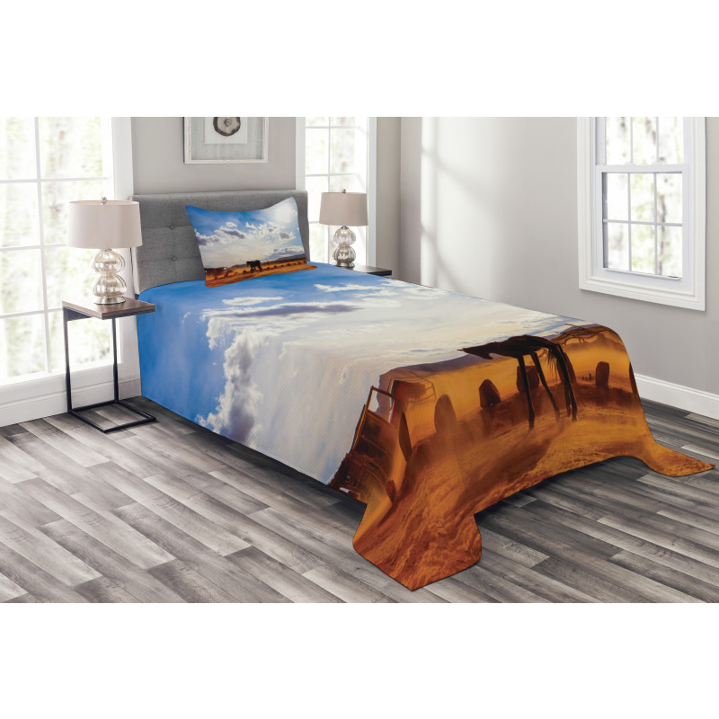 Horse Valley Sky View Bedspread Set