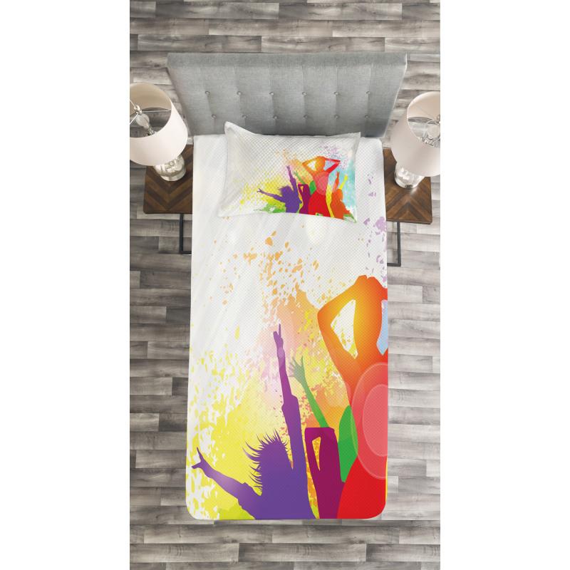 Splashing Dancing Girls Bedspread Set