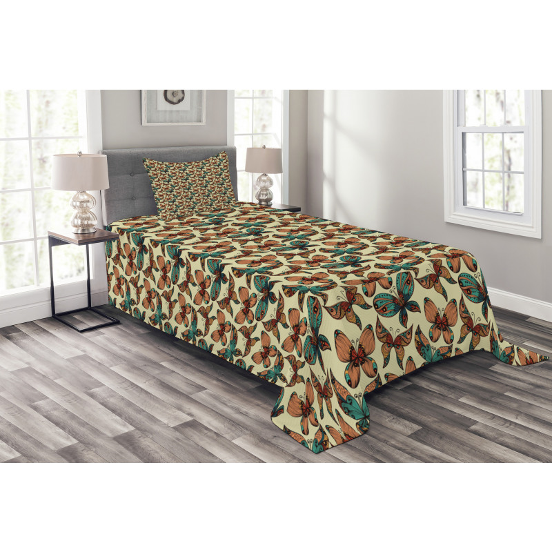 Abstract Art Wings Bedspread Set