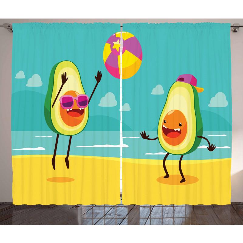 Avokado Perde Plajda Voleybol Oynayan Sağlıklı Meyveler