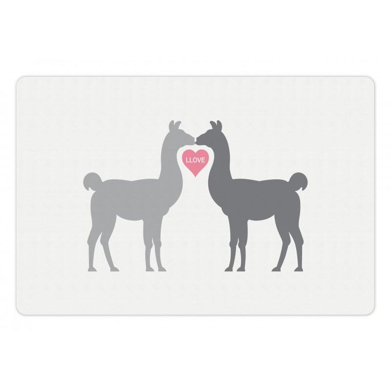 2 Animals in Love Pet Mat