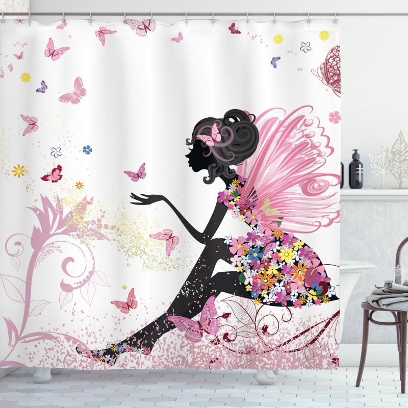 Kelebek Duş Perdesi Bahar Çiçekli Elbiseli Kız