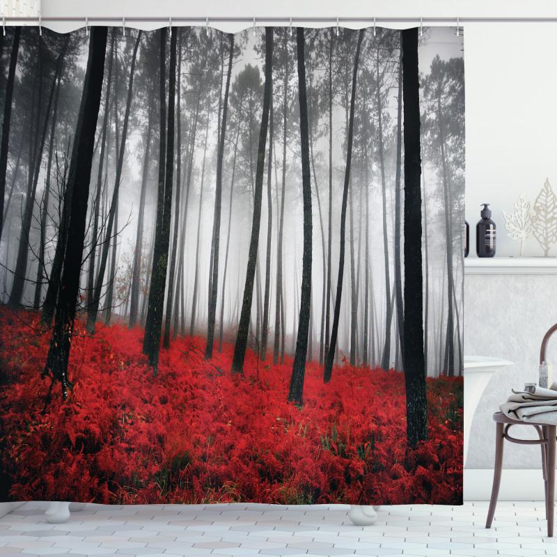 Çiçekli Duş Perdesi Kırmızı Çiçekli Sisli Orman